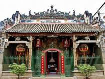 Đến chùa Bà Thiên Hậu bằng vé máy bay đi Saigon giá rẻ